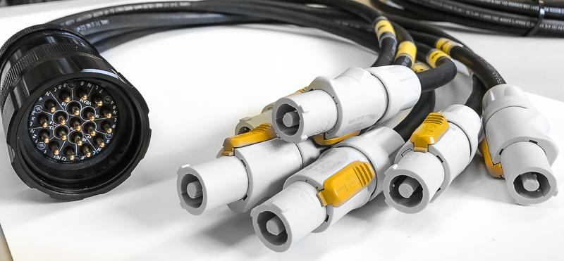 Socapex Male To Neutrik Nac3fca Powercon Splay  12awg